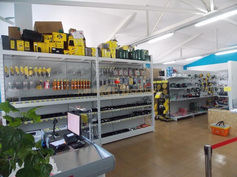 Описание. Компания «Киевметсервис» спроектировала и установила торговое  оборудование для второго магазина ... 9acf52599be